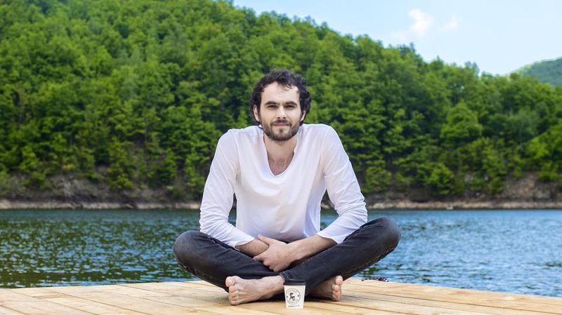 Mihail lansează un album de debut. Artistul a apleat la ajutorul fanilor