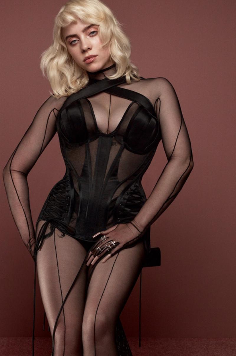 Billie Eilish, apariție hot pe coperta unei reviste! Artista a pozat mai sexy ca niciodată