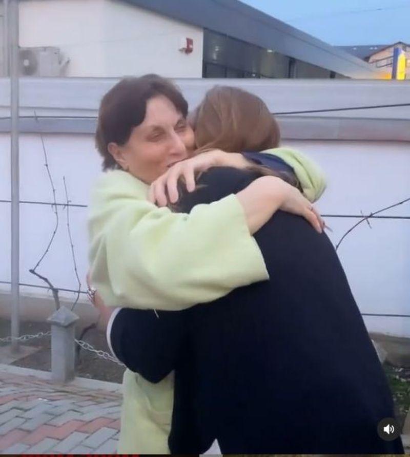 Iulia Vântur s-a întors acasă