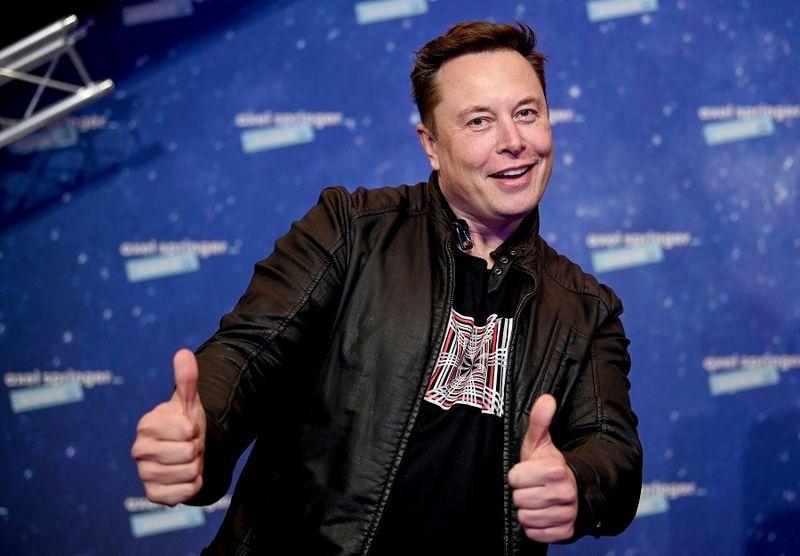 Care este, de fapt, motivul pentru care Elon Musk a decis să nu dețină nicio casă și să stea în chirie