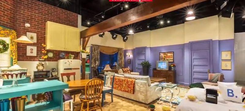 """Fanii serialului """"Friends"""" pot închiria apartamentul în care locuiau Rachel și Monica"""