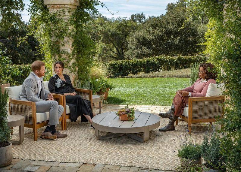 """Prințul Harry va apărea într-un nou serial alături de Oprah Winfrey! Unde îl vei putea vedea: """"Serialul nostru urmărește să..."""""""