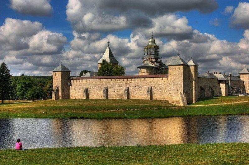 Cele mai frumoase şapte mănăstiri pe care să le vizitezi în Moldova