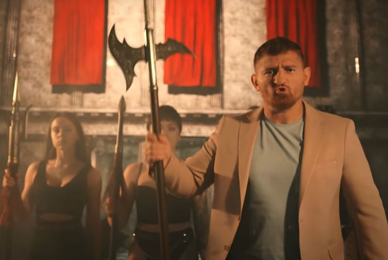 """Cătălin Moroșanu, mesaj pentru cei care l-au criticat pentru piesa """"Sunt o forță"""""""