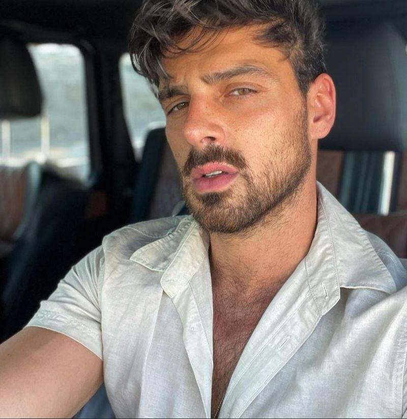 Este Michele Morrone, actorul din 265 Days, gay?