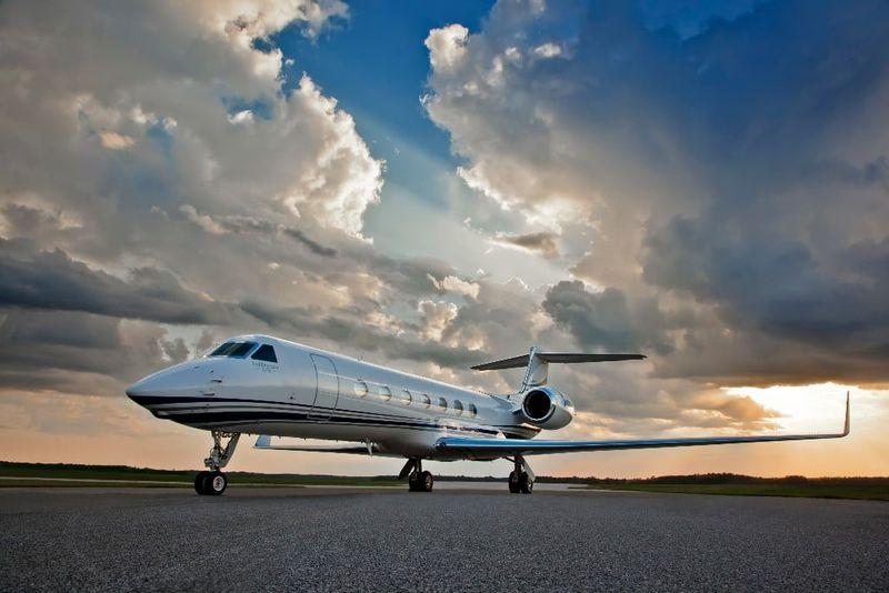 Ce preț are un avion privat și de unde îl poți cumpăra