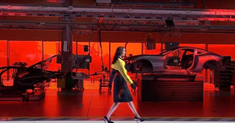 Ferrari, prima sa colecție de modă vestimentară