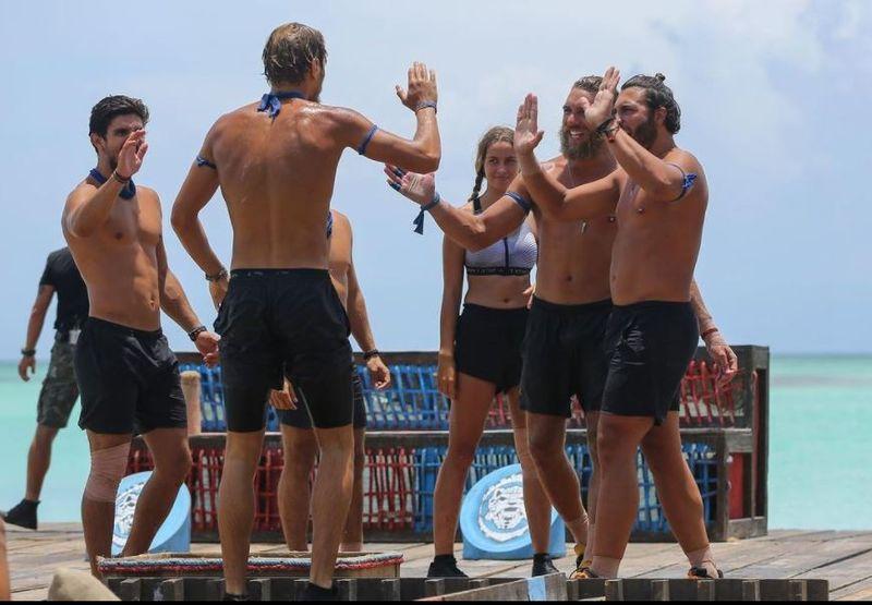 Ce echipă de la Survivor România a câştigat meciul mixt de duminică seara?!