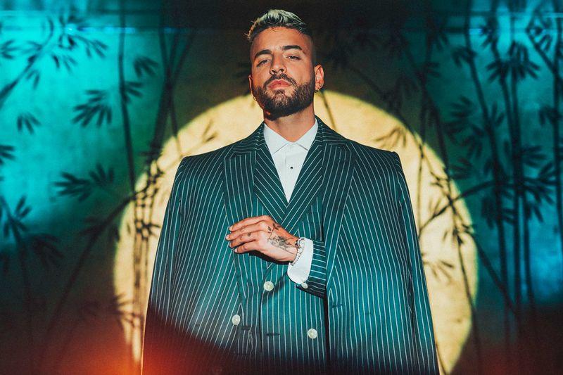 "Maluma a lansat videoclipul piesei ""Sobrio"""