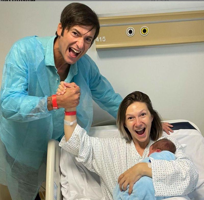 """Ce nume au ales Adela Popescu și Radu Vâlcan pentru fiul lor? """"E tot românesc"""""""