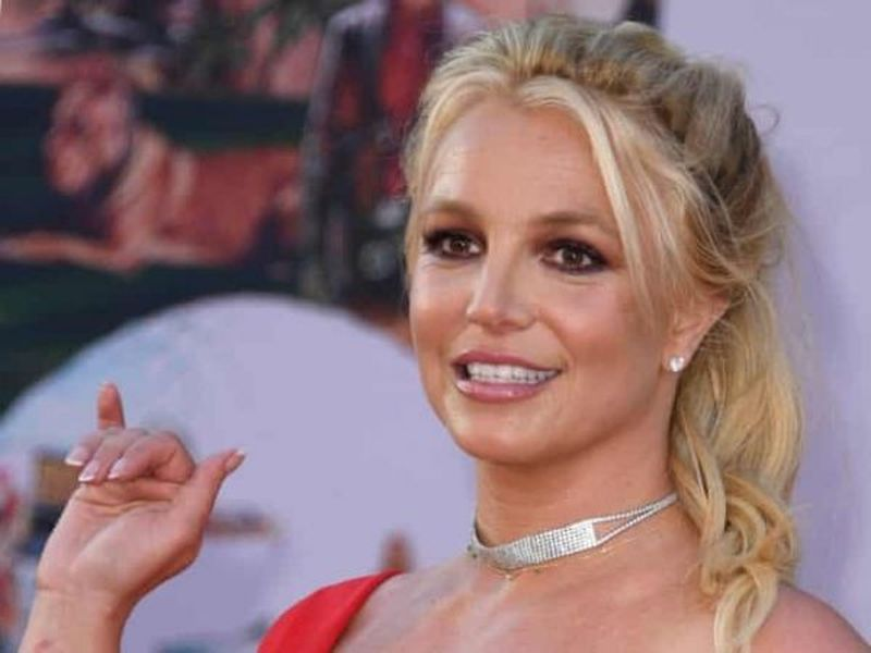 """Britney Spears vrea să-și dea tatăl în judecată: """"Sunt traumatizată. Îmi vreau viața înapoi"""""""