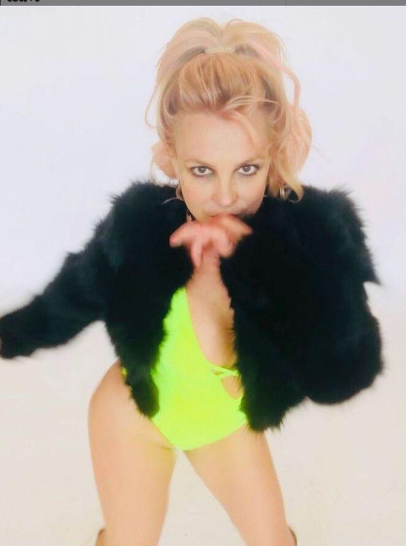 Britney Spears nu va mai urca pe scenă până nu iese din tutela tatălui