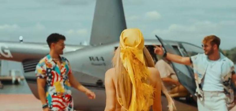 """Elena Gheorghe, Christian D și Dony au lansat piesa """"Bailar"""""""