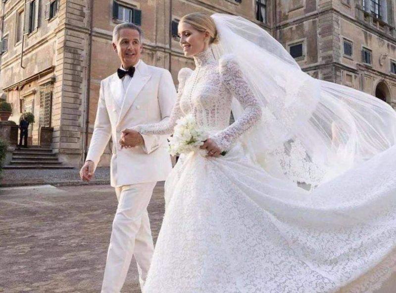Nepoata prințesei Diana, Lady Kitty Spencer, s-a căsătorit! Milionarul care i-a devenit soț e mai mare cu 32 de ani