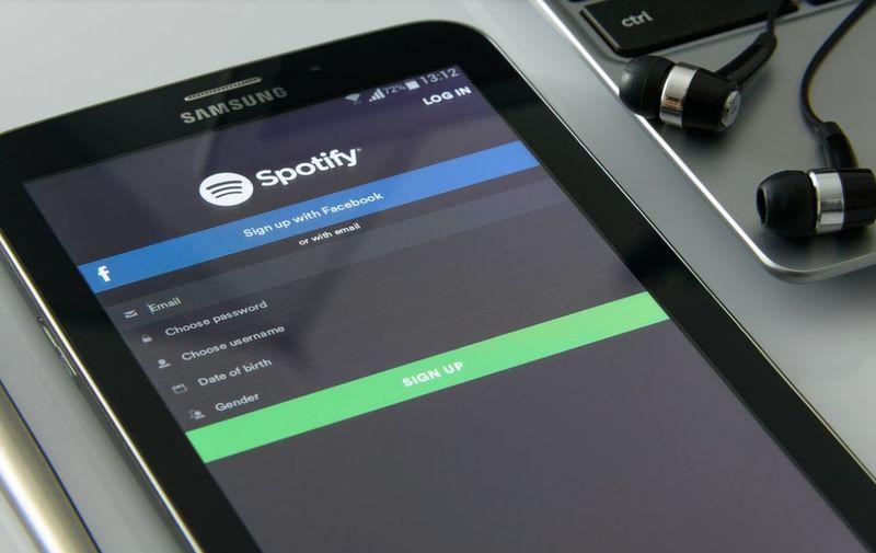 """Spotify va include o nouă secțiune, numită """"What's New""""! Utilizatorii vor descoperi cele mai noi creații ale artiștilor preferați"""