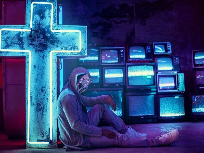 SICKICK, artistul care face furori în online în întreaga lume, vine la SAGA Festival