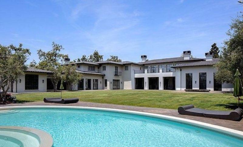 Cum arată casa de 65.000.000 de dolari pe care vor s-o cumpere Jennifer Lopez si Ben Affleck. FOTO