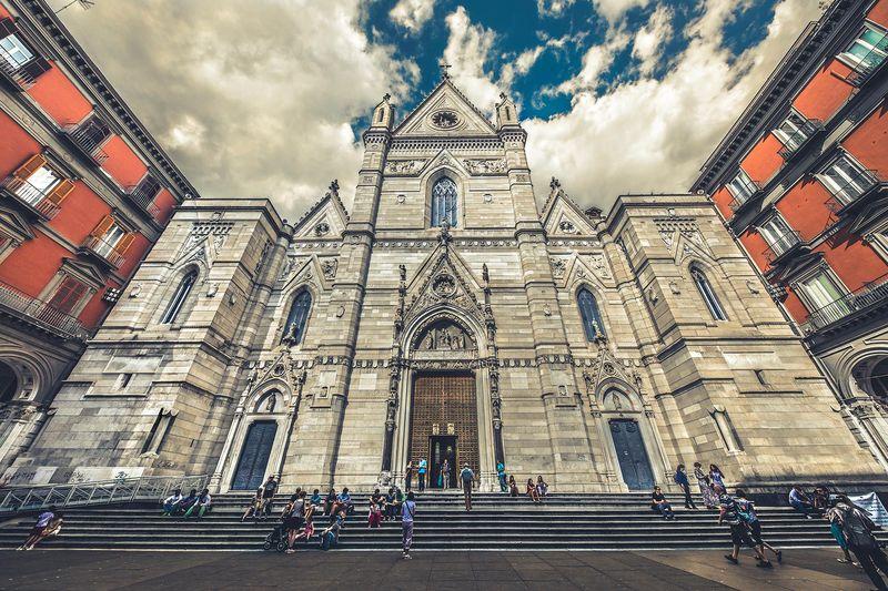 Cele mai frumoase locuri pe care să le vizitezi în Napoli. FOTO