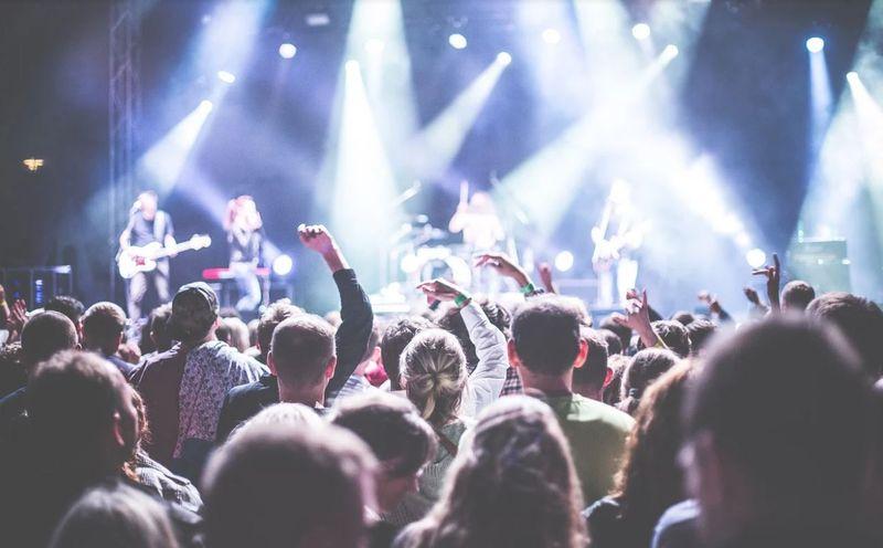 CONSTANȚA: Concerte susținute la sfârșitul aceste săptămâni! Ce artiști vor urca pe scenă