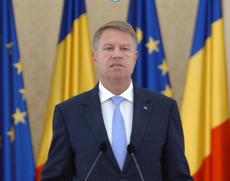 Klaus Iohannis, la decorarea unor artiști, la Palatul Cotroceni: 'Ultimele guvernări propun românilor iluzorii programe, birocrație și propagandă'