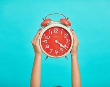 Trecerea la ora de iarnă. Când se schimbă ora și cum ne afectează sănătatea?