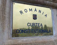 Klaus Iohannis, încă o înfrângere la CCR: Legea privind regimul armelor şi al muniţiilor, constituţională şi fără avizul CSAT