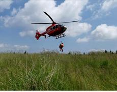 Tupeul deputatului PSD le-a dat idei și altora: femeie cu degetul rupt cere elicopter pe munte