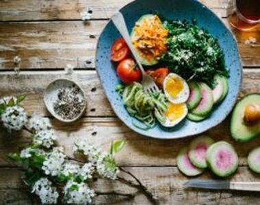 """Alimentele care """"înfometează"""" celulele canceroase. Include-le neapărat în dieta zilnică"""