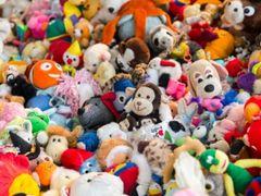 Peste 200 de seturi de jucării contrafăcute, din China, au ajuns în Portul Constanţa