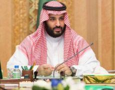 Mohammed bin Salman a discutat la telefon cu Emmanuel Macron despre atacurile ce au vizat rafinării saudite