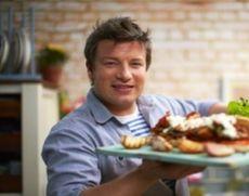 Jamie Oliver dă vina pe Brexit pentru prăbușirea lanțului său de restaurante