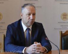 Decizie a Curţii de Apel Bucureşti: Procurorul general interimar NU poate renunţa la titlul de doctor