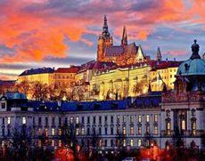 Probleme grave în Praga: orașul se depopulează din cauza turismului