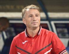 Dan Petrescu, antrenor CFR Cluj: Jucăm cu adversari foarte puternici meci de meci