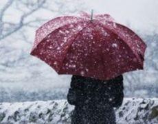VIDEO A căzut prima ninsoare din acest sezon