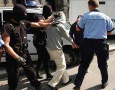 Ploiești: Un tâlharul a fost prins de un polițist aflat în timpul liber, după ce a smuls un lanț de la gâtul unei bătrâne