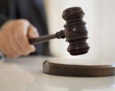 Femeie cercetată pentru uciderea soţului prin incendiere, arestată preventiv