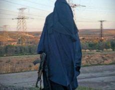 Justiţia americană refuză cererea de cetăţenie din partea unei tinere jihadiste născute în SUA