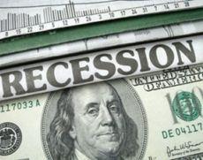 Economiştii se aşteaptă ca economia americană să intre în recesiune în 2020 sau 2021